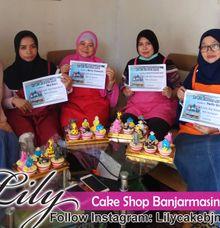 kursus kue by Lily Cake Shop Banjarmasin