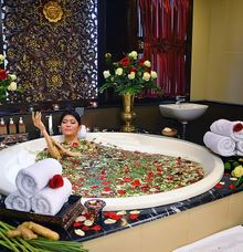 Wedding treatments-mandi bunga by TAMAN SARI ROYAL HERITAGE SPA KELAPA GADING