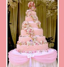 MCH-White Rose Fountain by It's Cake Surabaya