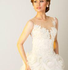 Bride Potrait by Nova Stephanie