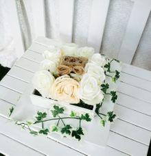 WHITE GARDEN RING BOX by DNY Creative