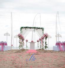 beach wedding by Flo Wedding Organizer