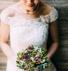Wildflower bridal posy by The Olive 3 (S) Pte Ltd