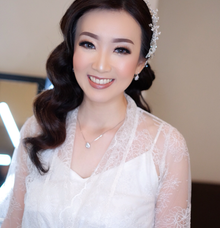 reception look Mrs lenny by Agnes Yosi Make Up Artist