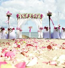 Pretty Party  Package - Beach Wedding (Price Rp. 28,000,00 nett) by tanadewa luxury villas & spa