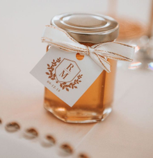 honey in jar souvenirs by Book.Idea