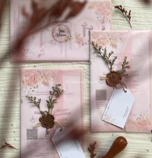 Wedding invitation with vellum envelope by ChiffonCraft