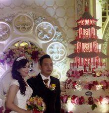 Happy wedding for Anthony & Lindy by Pelangi Cake