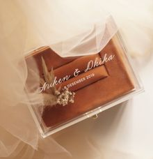 ring box for Nuken & Dhika by Box & Vow