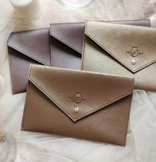 Pouch envelope by VAIA
