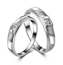 Tiaria Engraved Love Diamond Ring Perhiasan Cincin Pernikahan Emas dan Berlian by TIARIA