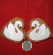 A Pair of Swan by Little Bird Sweet Dessert