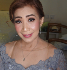 Mama Varian Thailand Glamour Look for Morning Look by Hana Gloria MUA