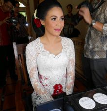 Java wedding by Upan Duvan