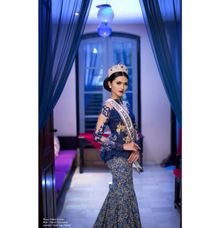 Blue Kebaya and Ning Zelly Puteri Indonesia Kepualauan Jawa 2016 by Naomi Koeswandi MUA