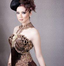 Exhibition by D&D Professional Make Up Artist & Kebaya By Dindin Nurdiansyah
