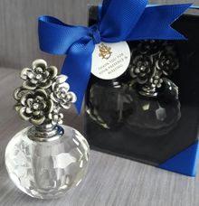 Parfume Bottle - Stephen & Mega by Red Ribbon Gift