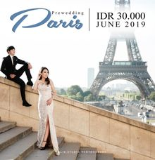 Paris Open Trip Package by Klik Studio