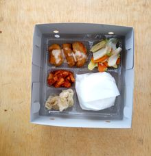 Daily Lunch Box by Kayumanis Catering