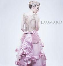 Le Fleur by Laumard