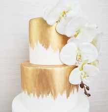 Orchid & Gold Engagement Cake by YUCA Creations