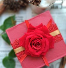 Packaging - Flower hard box by The Rustic Soap