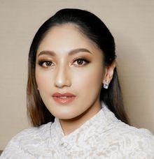 Princess look Simple and & Elegant by Thiyada Angela MUA