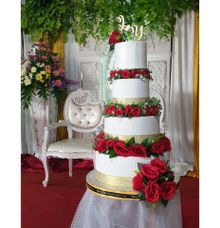 4 Tier Wedding Cake by Velvet Cake