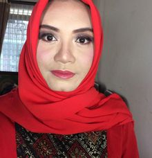 Graduation Makeup by Abidahemasmakeup