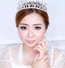 Wedding Makeup by Kim Bridal