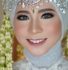 Akad dan Resepsi Mrs Illa Okta & Anggi by LCK Makeup Artist