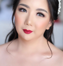 Wedding Makeup - Bride Meily - by makeupbyyobel