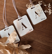 Table placement Bag Tags by Molusca Project