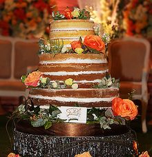 Naked Cake for Iwan & Amel by RR CAKES