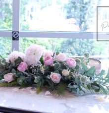 Solemnisation table decor at PS. Cafe  by Patson Decor