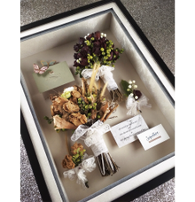 Dried flowers in frame by Perfecto!