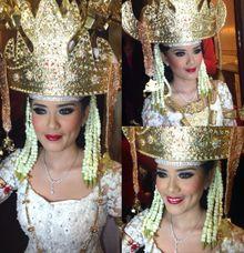 Make Up Traditional Wedding by Barry Irawan