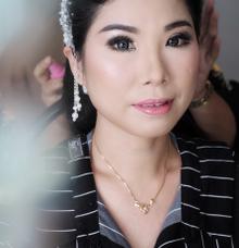 Prewedding makeup ms yeni by Sandra Bridal and Makeup Academy