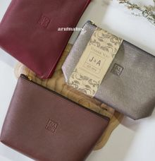 Iris Pouch by Arumanis Gift