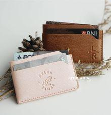 Alexa Card Holder by Arumanis Gift