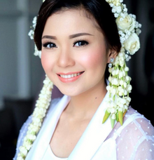 Bride Yana by Silvia Jonathan
