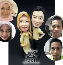 Couple Figure (Type A-realistic ) by Zakti Laboratory Inc