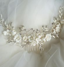 Wedding Hair Comb by Thea Wedding Event Decor